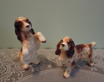 Vintage Salt and Pepper Shakers: Spaniels Salt & Pepper Shaker Set