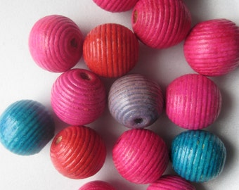 Chunky Multi Color Wood Beads Bubblegum Pink Blue Red Swirl Large 20mm 6 Beads