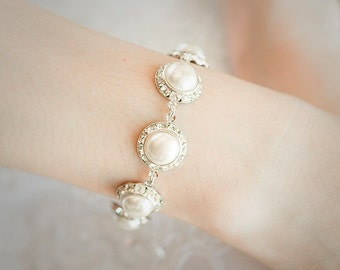 Bridal Bracelet, Classic Pearl and Crystal Rivoli Wedding Bracelet, Rhinestone Bracelet, Rivoli Wedding Jewelry, Modern Vintage Style, LAURA