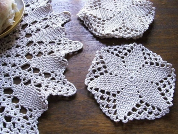 Crochet Coasters and Table Centerpiece, Christmas table Decoration, Glass Coasters Set of 4