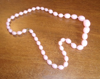 vintage necklace pink lucite