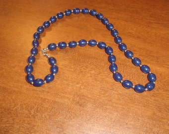 vintage necklace blue silver lucite
