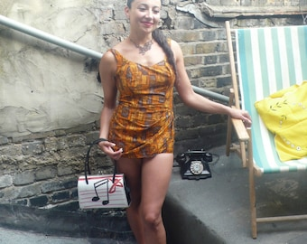 Sunning 1950s Hawaiian Paradise pin up Costume 8/10