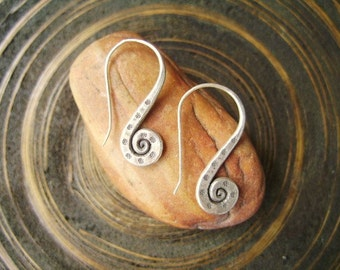 Thailand Handmade Souvenirs - The Pod Duang Spiral Silver Earrings