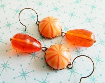 Halloween Earrings, Retro Halloween, Orange Earrings, Halloween Candy, Vintage Halloween Earrings, Vintage Lucite, Retro Earrings, Fall