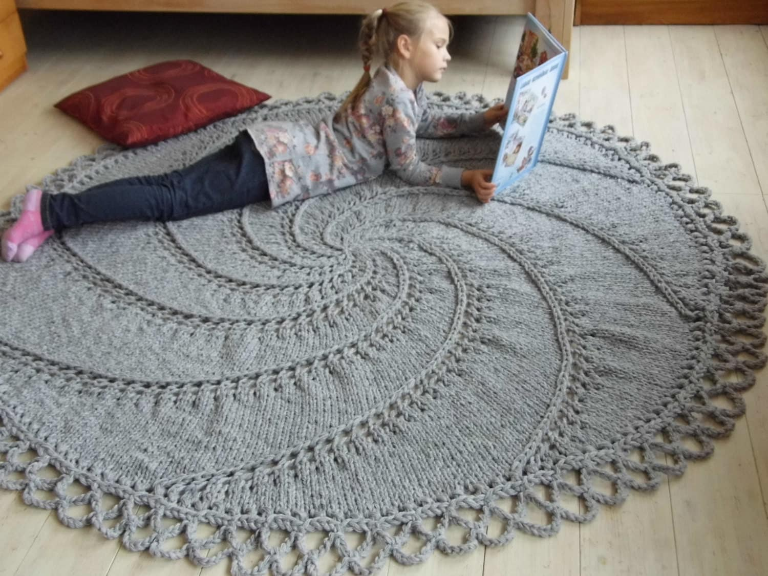 75 Big Stitch Hand Knit Wool Rug Natural Gray