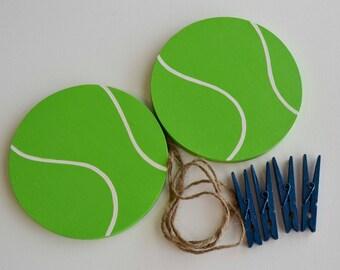 Tennis Artwork Hanger, Artwork Display