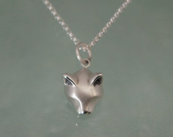 forest cat  pendant in silver