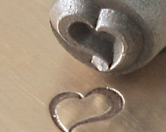 ImpressArt Metal Design Stamp,  6mm SWIRLY HEART  tol0132