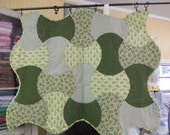 Green Apple Core Quilt for Baby