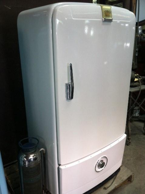 Vintage Frigidaire Refrigerator Beautiful Condition