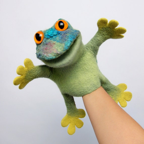 frog finger puppet template - the speaking frog hand puppet wet felted animal hand puppet