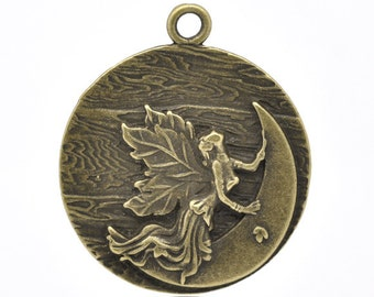 Antique Bronze Angel Moon Charm Pendant  (b20-23)