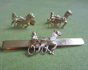 Vintage 14K Gold Harness Horse Racing Tie Clip and Cufflinks Set