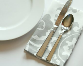 Table Linens- Grey Dinner Napkins- Set of 4- Premier Prints Storm Grey Suzani- Cloth Party Napkins- Damask Fabric Wedding Napkins