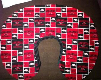 Boppy Nursing Pillow Cover with Zipper Closure Arkansas Razorbacks/Black Minky
