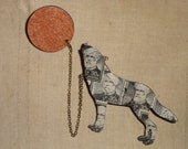 2 Part Wooden Vintage Postage Stamp Wolf Moon Decoupage Brooch Grey General Robert E. Lee  USA 1955 Laser Cut
