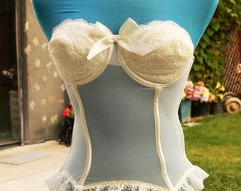 cream strapless sheer boned corset size 36c