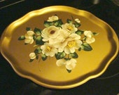 Lovely Vintage Cottage Style Gold White Roses Tole Tray