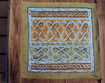 Vtg. Kati Hanky, Abstract Celtic Knots