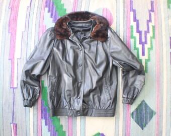 SALE Fur Collared Leather Jacket / Vintage Black Leather Coat / Women's Bomber Jacket