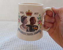 Tea with the Queen  British Royal family 1977 Queens Silver Jubilee Commemorative Cup