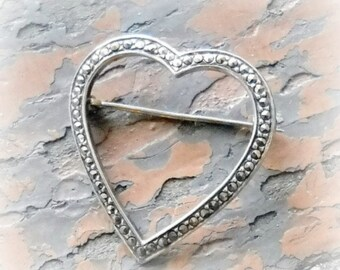heart marcasite brooch, 70's vintage, sterling silver, pendant, gift for her, Mothers's Day, bridal jewelry