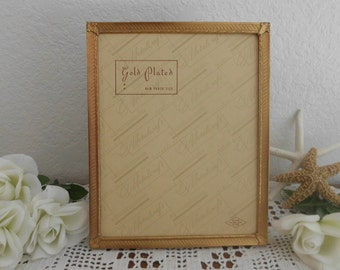 Vintage Gold Plated 8 x 10 Photo Frame Wedding Table Picture Memory Decoration Paris Chic French Victorian Mid Century Home Decor Metalcraft