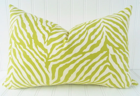 Green Pillow.Decorative Pillow Cover.Green Zebra Print Pillow.Green and White Cushion Cover.Animal Print.Zebra Strip.Green Pillows