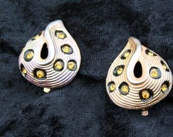 Earrings Tear Drop Yellow Stone 1980s