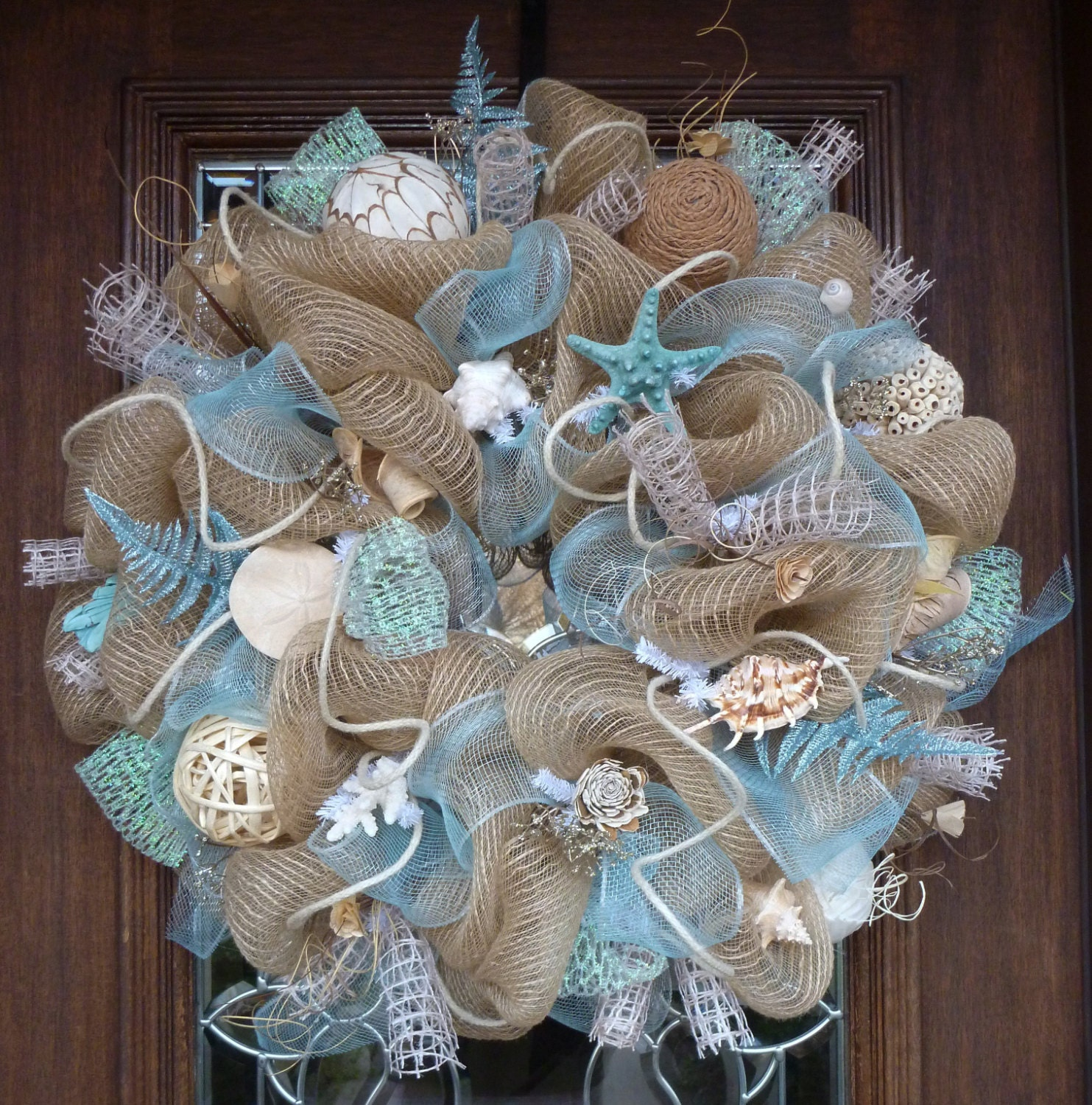 deco mesh shabby chic beach wreath. Black Bedroom Furniture Sets. Home Design Ideas