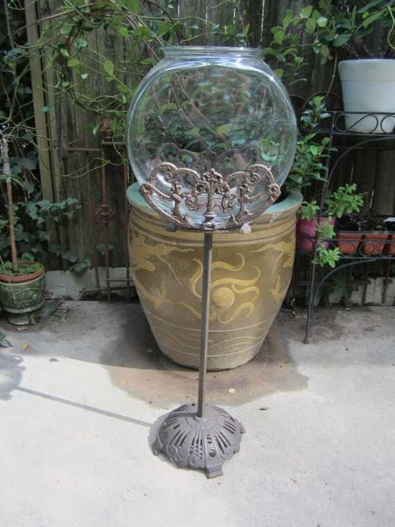 Vintage art deco fish bowl stand for Fish bowl stand