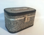 Vintage Black and White Tweed Travalong II Nevel Carry On Case Retro Travel Wet Bag Toiletry Purse Clutch Luggage Suitcase Purse
