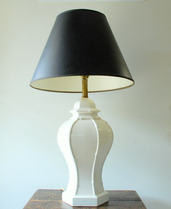 vintage hollywood regency white ceramic table lamp with faux bamboo. Black Bedroom Furniture Sets. Home Design Ideas