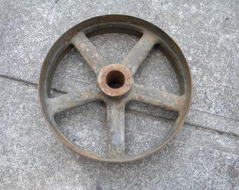 vintage antique 1910s- to - 1930s cast iron INDUSTRIAL MACHINE AGE cart wheel       b
