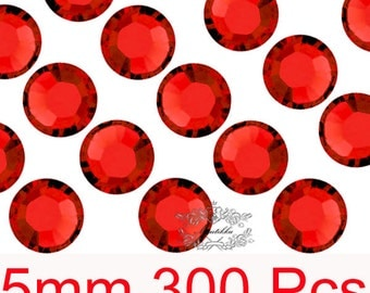 300 PCS X 5mm SS20 Round Red Light Siam Rhinestone High Quality Bling 14 Faceted Cut Crystal Gems Flat back Deco Nail Art Accessory (GM.R5R)