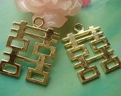10 pcs 31x24mm Gold golden Large Chinese Characters Double Happiness Charms Pendants g978382