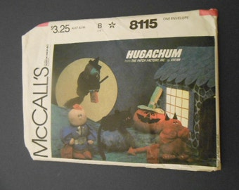 McCalls 8115,  Hugachums, halloween stuffed decor