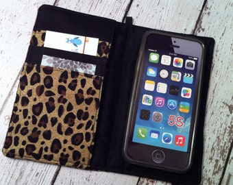 iPhone 3, 4, 4S, 5, iPod Touch 4G, 5 wallet with removable gel case - leopard print