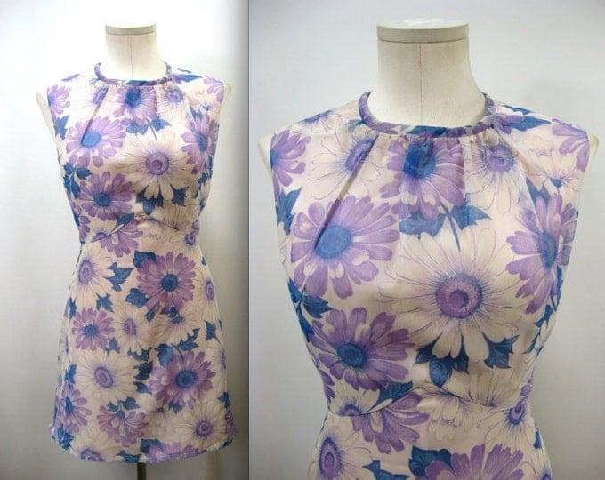 1960's Summer Mini Dress // Vintage Purple and Blue Daisy Print Mini Dress //  Size Medium to Large