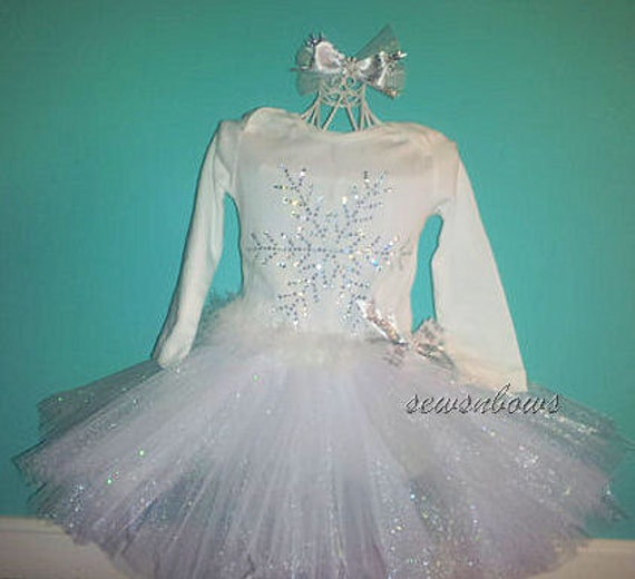 Christmas Snowflake Tutu-- Snowflake Birthday tutu-- Winter tutu-- Snowflake dress-- Flower girl Snowflake tutu