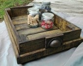 Wooden tray made from recyled pallets - ammiewestdesigns