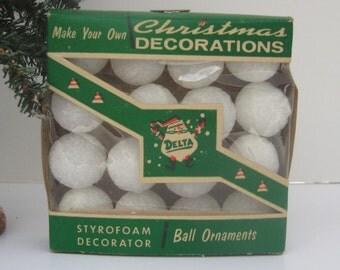 Vintage Delta Styrofoam Decorator Ball Ornaments // Original Box