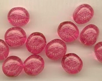 Twelve beautiful deep raspberry pink vintage lucite beads - transparent with tiny bubbles inside - 15.5 x 13.5 mm