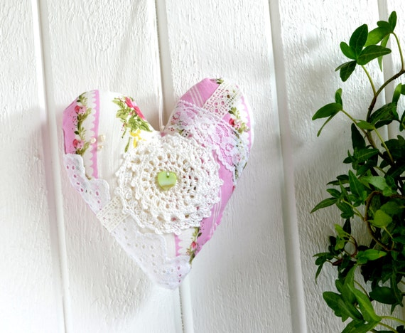 Cottage fabric heart romantic handmade pink green valentine
