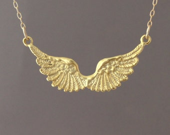 Angel Wing Necklace comes in gold and silver