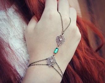 Emerald slave bracelet bridal jewelry, hand piece, bridesmaid gift, wedding accessory
