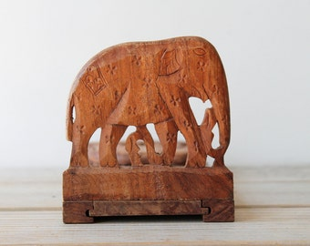 Boho carved vintage wooden elephant book holder / sliding book end / floral wood carving / bohemian eclectic home decor / wood book tray