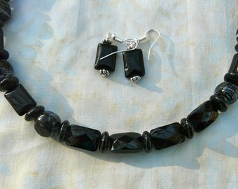 SALE!  18 Inch Black Onyx Necklace with Earrings
