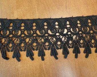 """Lovely 4.25"""" Wide Rayon Venise Lace Trim in Black (1 yd)"""